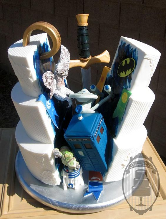 nerdy-on-the-inside-wedding-cake